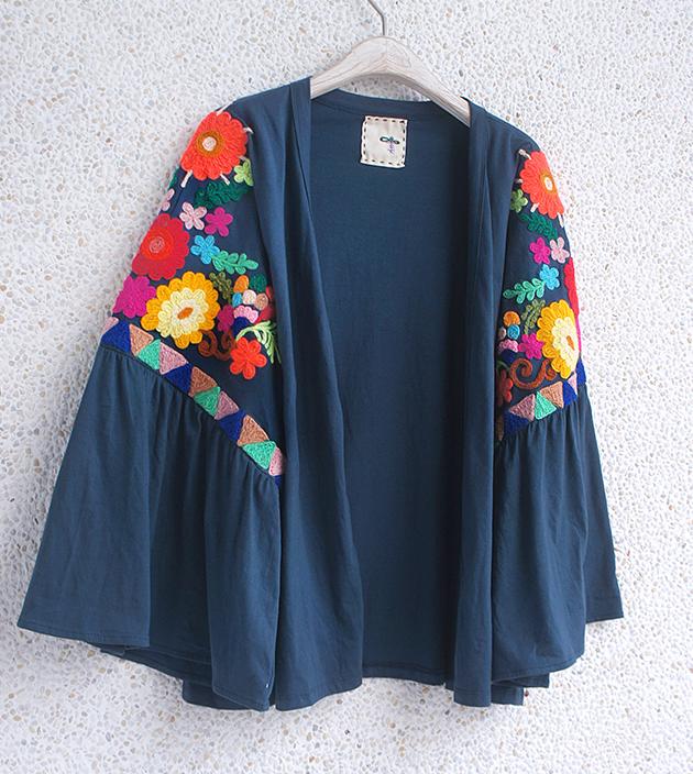 花繡水袖外套 1