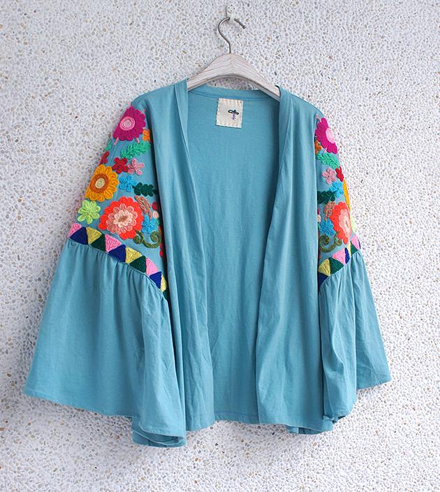 花繡水袖外套 6